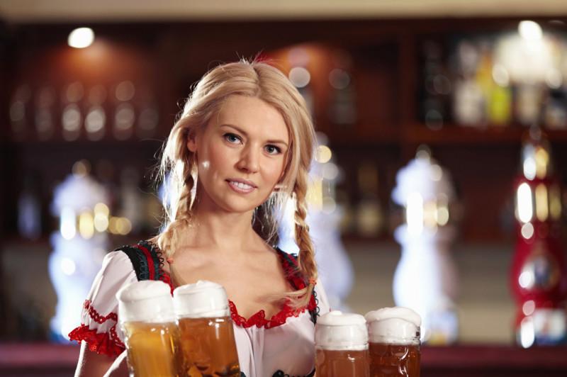 Девочка пьёт пиво порно