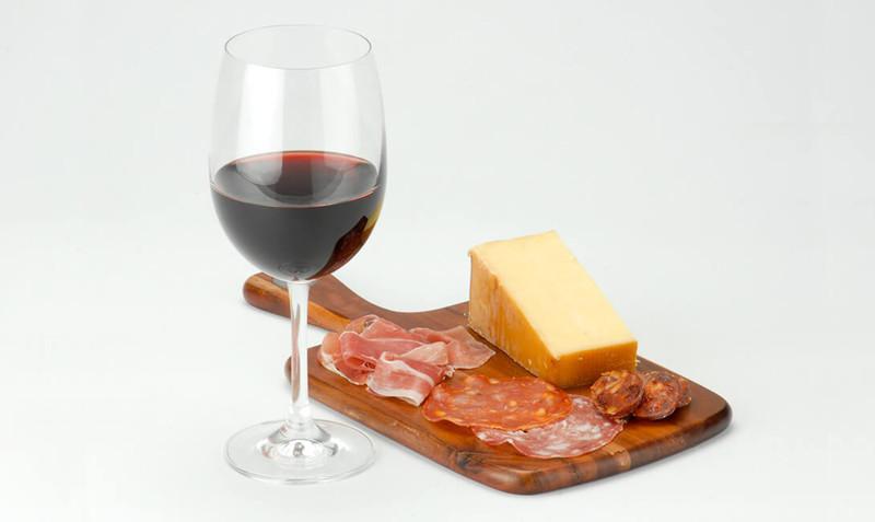 Что подать к красному полусладкому вину 🚩 закуски к красному сухому вину 🚩 Употребление и сочетание