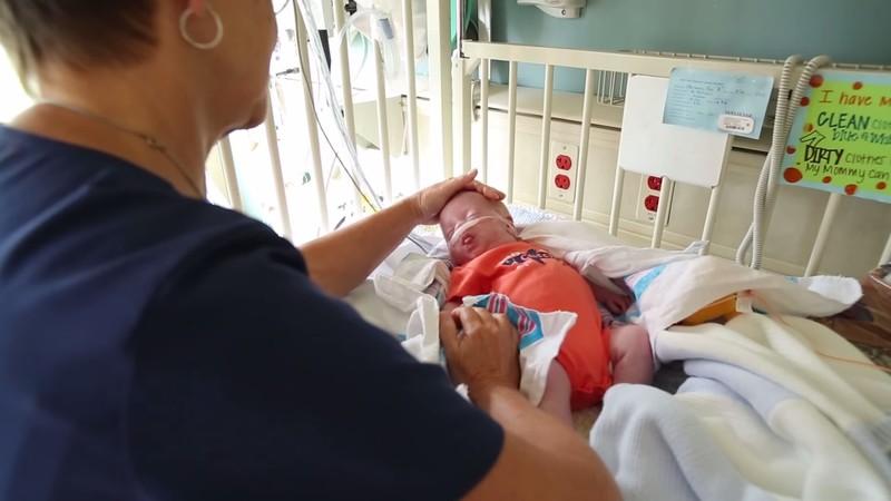 Видео как китайская медсестра занимается любовью с пациентом