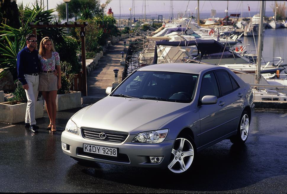 Lexus IS 200/300. япония, японский автопром