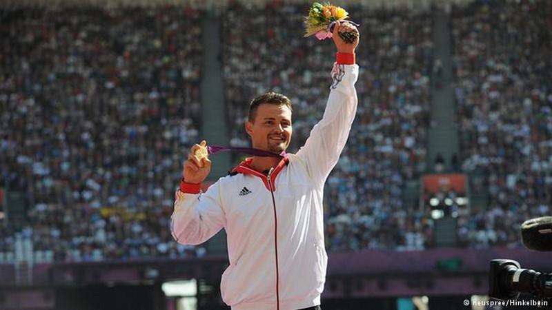 9. Генрих Попов. паралимпийцы, чемпионы