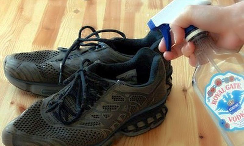 3. Жидкости, содержащие спирт обувь, совет