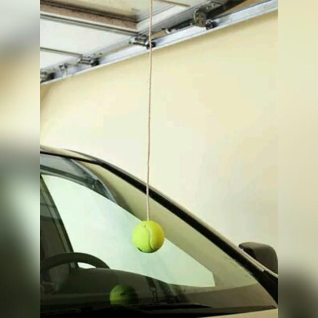 1.Ограничитель въезда в гараж. Дотронулся стеклом — приехал! совет, хитрость