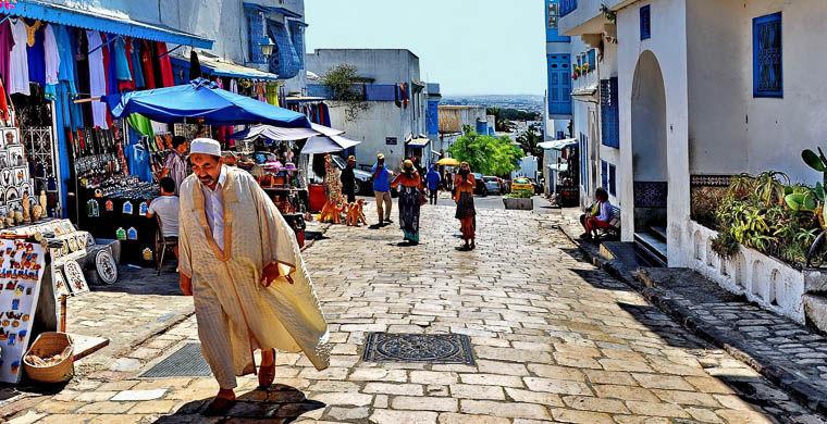 4. Задавать лишние вопросы в мире, люди, тунис