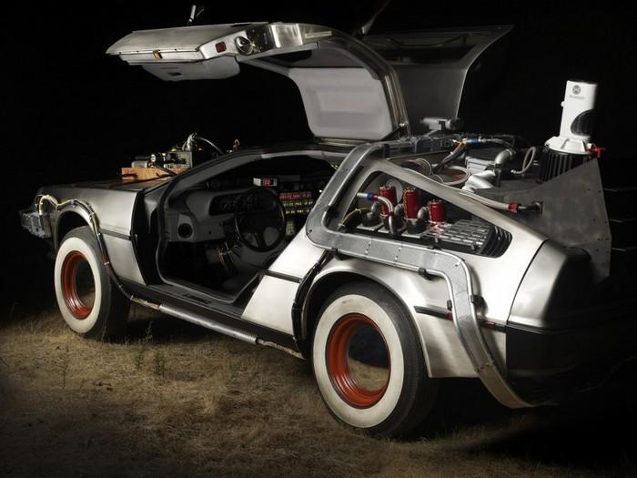 1. DeLorean голливуд, кинотачки