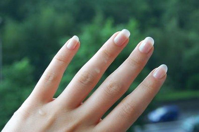 16. Отбеливание ногтей мел, советы, хитрости