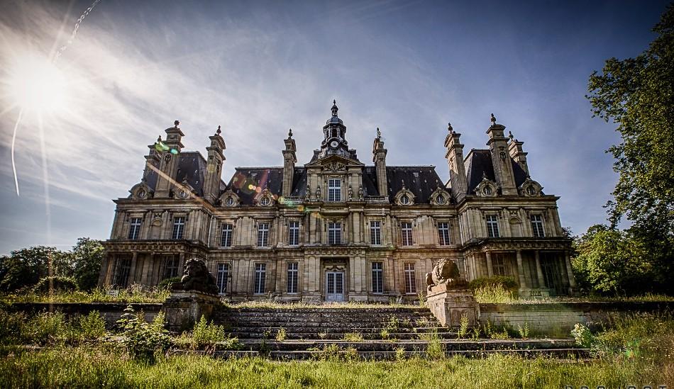 Секс приключения в заброшенном замке