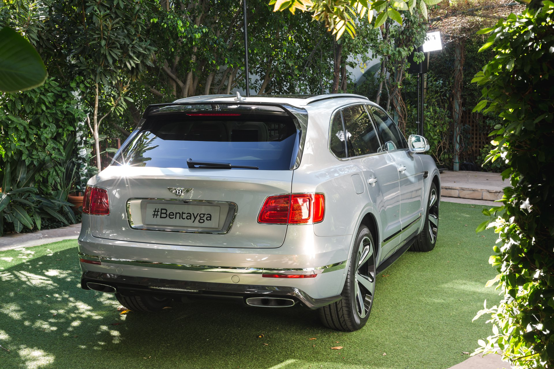 Bentley Bentayga обзавелся спецверсией First Edition Bentayga, First Edition, bentley, новинка