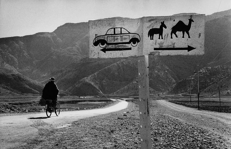 Развилка дорог в Афганистане, 1955 г. (Фото Marc Riboud): интересные, история, снимки