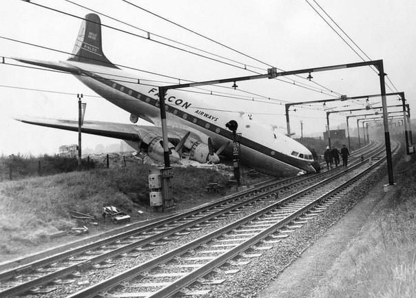 Самая идеальная авиакатастрофа... Никто не погиб. Великобритания 10 октября 1960 года: интересные, история, снимки