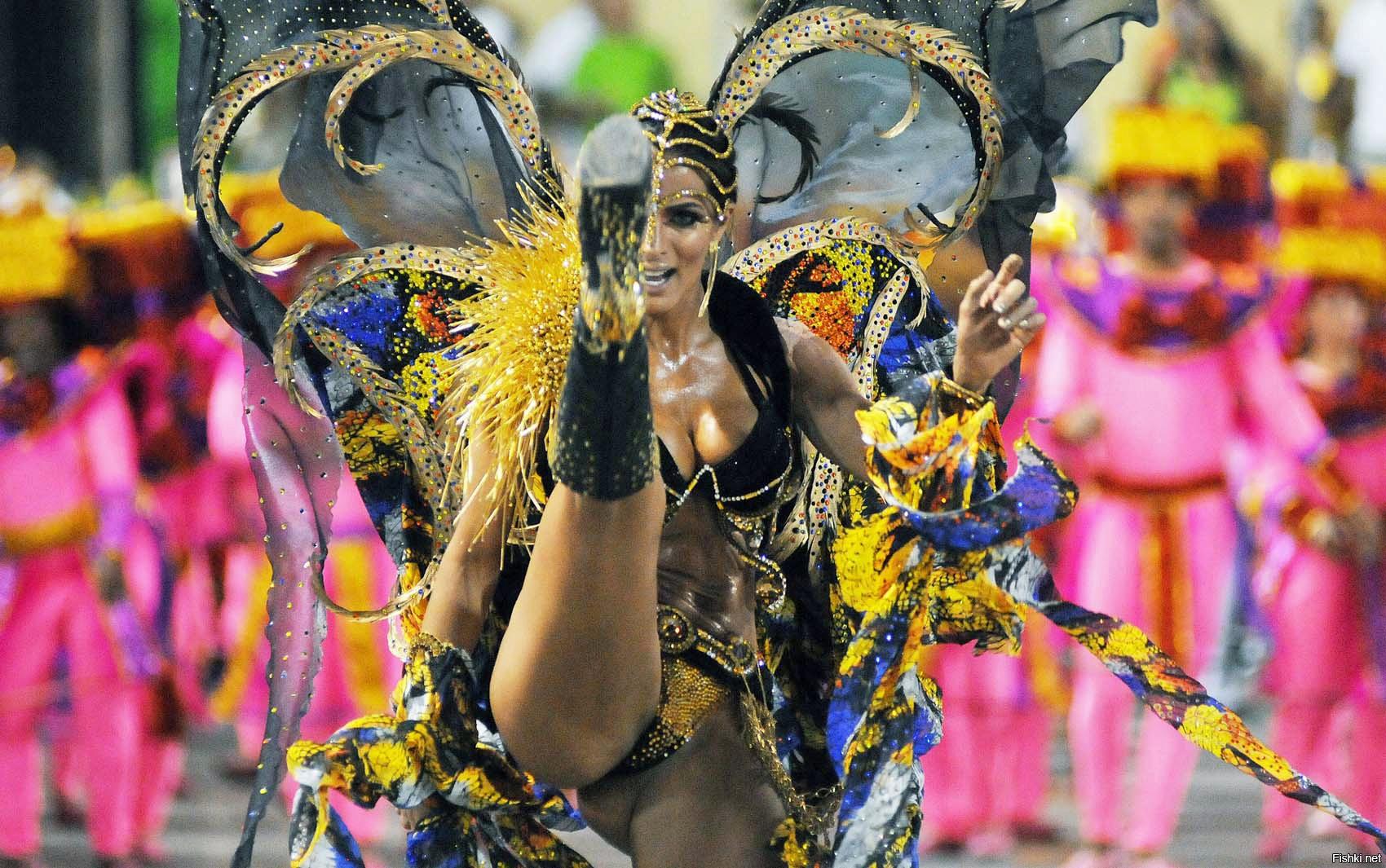 частное фото карнавала в бразилии обнаженные тела просто