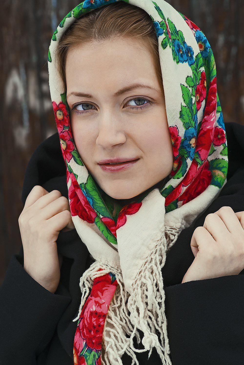 что фотографии русской девушки первую