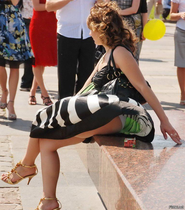 Картинки женщин под юбкой