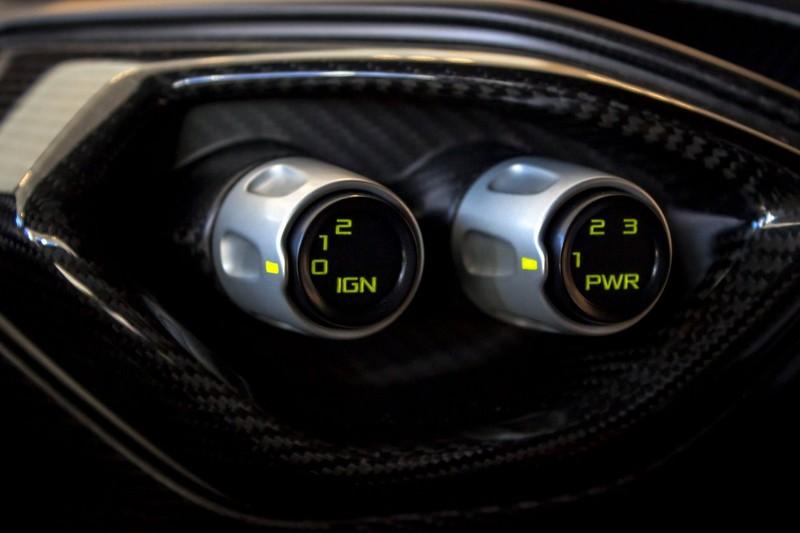 Первые гиперкары Aston Martin Vulcan отправились к своим владельцам Vulcan, aston martin, спорткар, суперкар