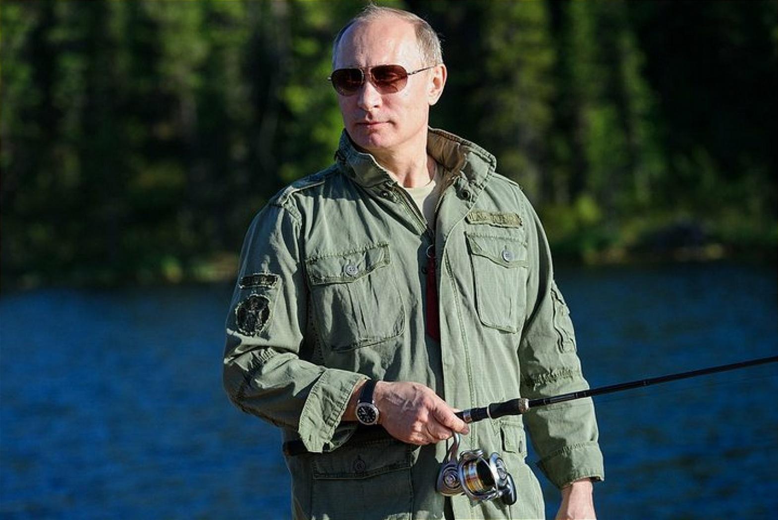 Кто и чем поздравил Путина? | Актуальные вопросы | Вопрос ...