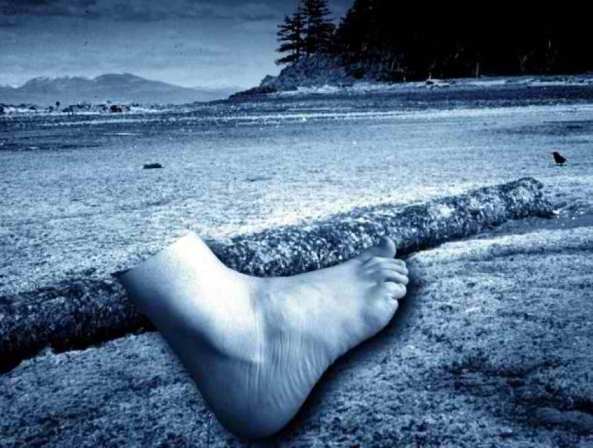 5. Пляж плавающих ног мистика, нераскрытая тайна