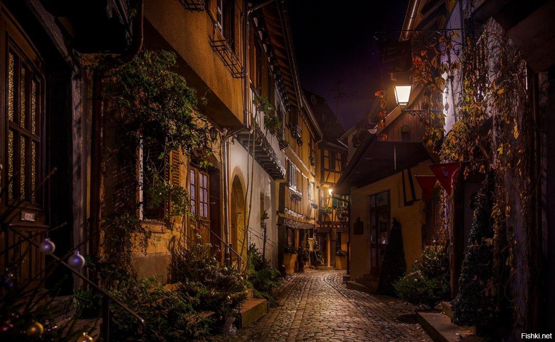 Парижские улочки и переулки ночью фото