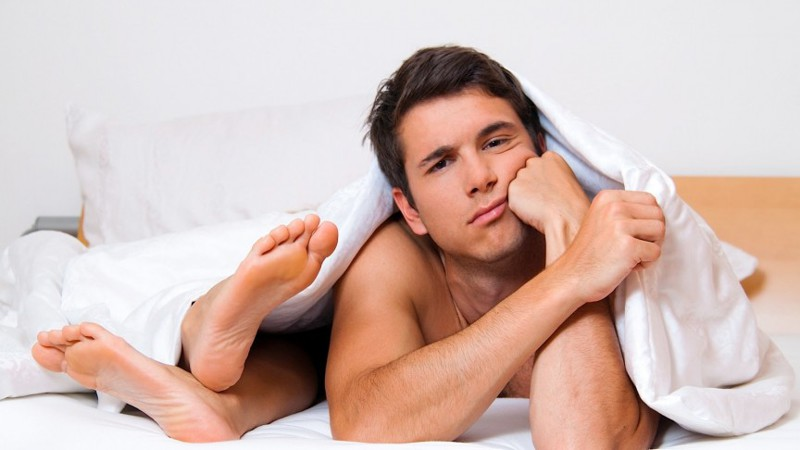 Во время секса стоит отвлечься и член падает