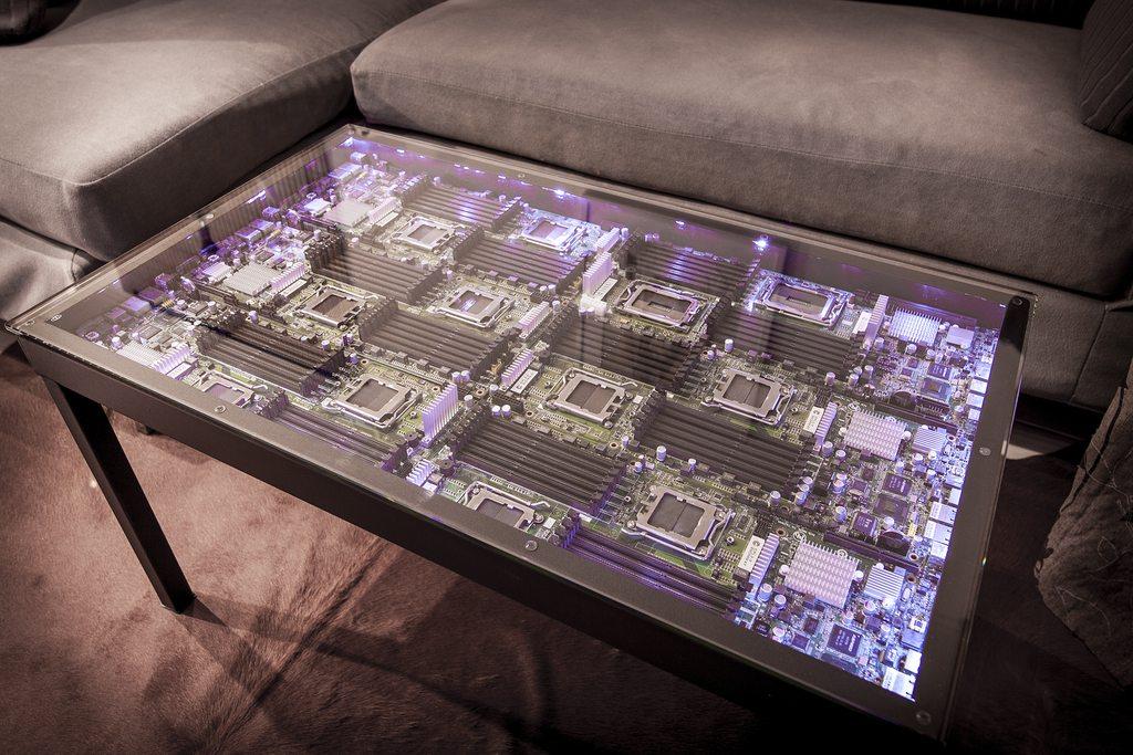 столик для спальни из поддонов