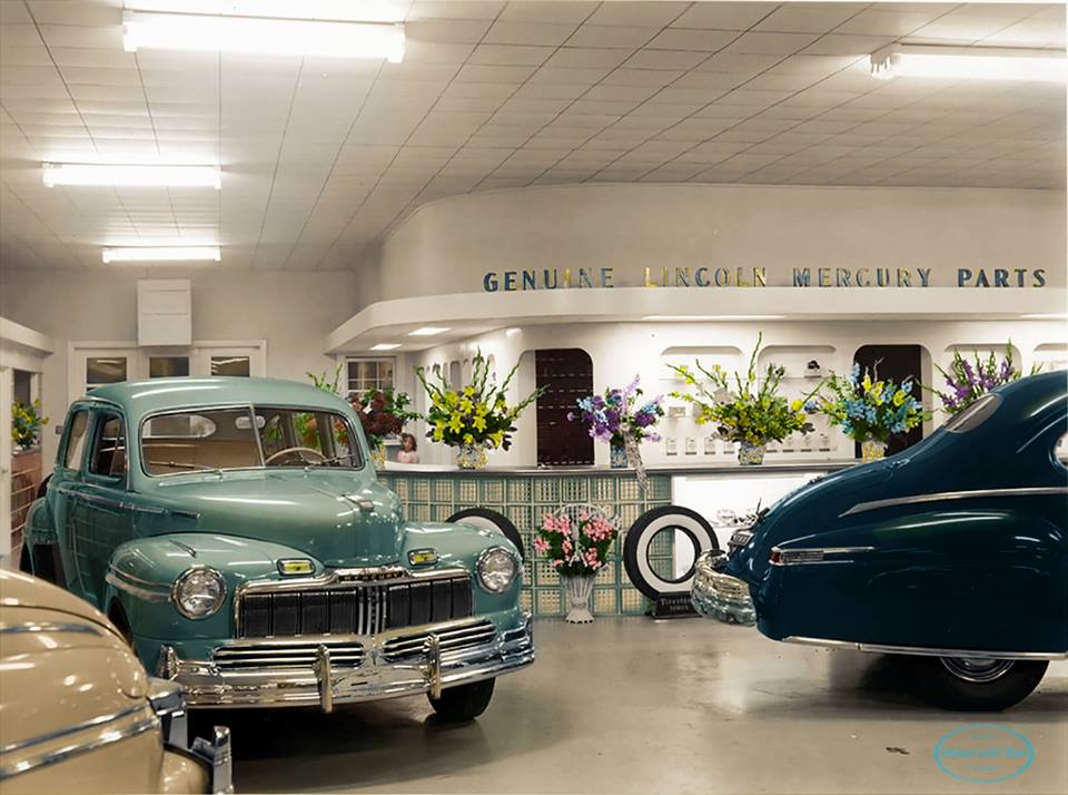 Thompson-Schoonover Motors, Topeka, Kansas. Lincoln-Mercury dealership  ретро автомобили, ретро фото, фотографии