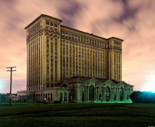18.  Michigan Central Station, вокзал, железная дорога, заброшенные места