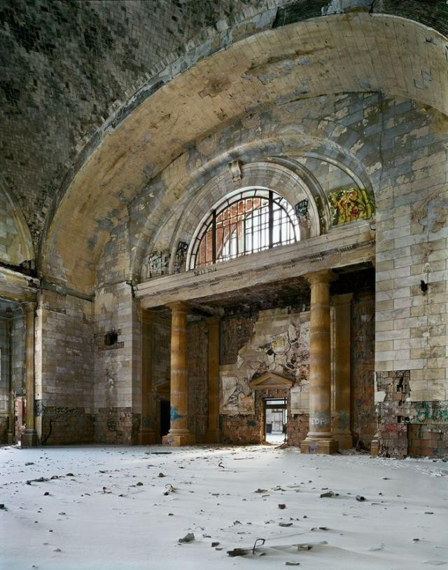 12.  Michigan Central Station, вокзал, железная дорога, заброшенные места