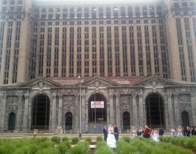 24.  Michigan Central Station, вокзал, железная дорога, заброшенные места