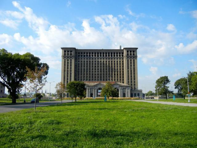 14.  Michigan Central Station, вокзал, железная дорога, заброшенные места
