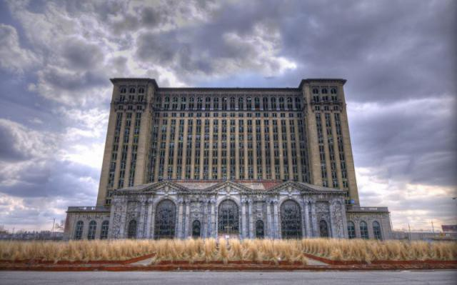 1.  Michigan Central Station, вокзал, железная дорога, заброшенные места