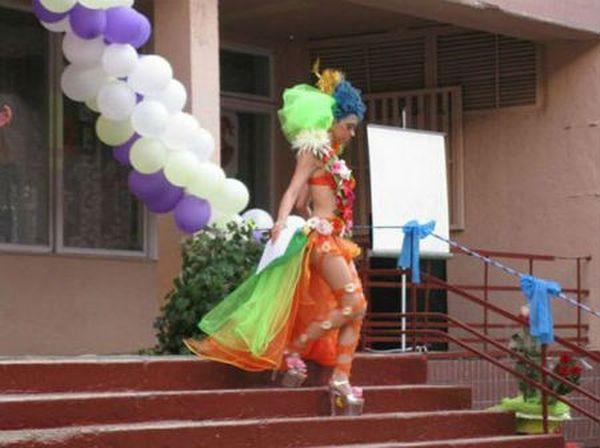 Сбежала с церемонии открытия карнавала в Рио-де-Жанейро. выпускной, платье