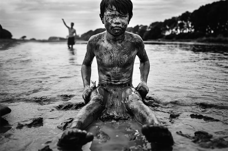 На природе дети чувствуют себя абсолютно свободными и счастливыми  детство, фотография