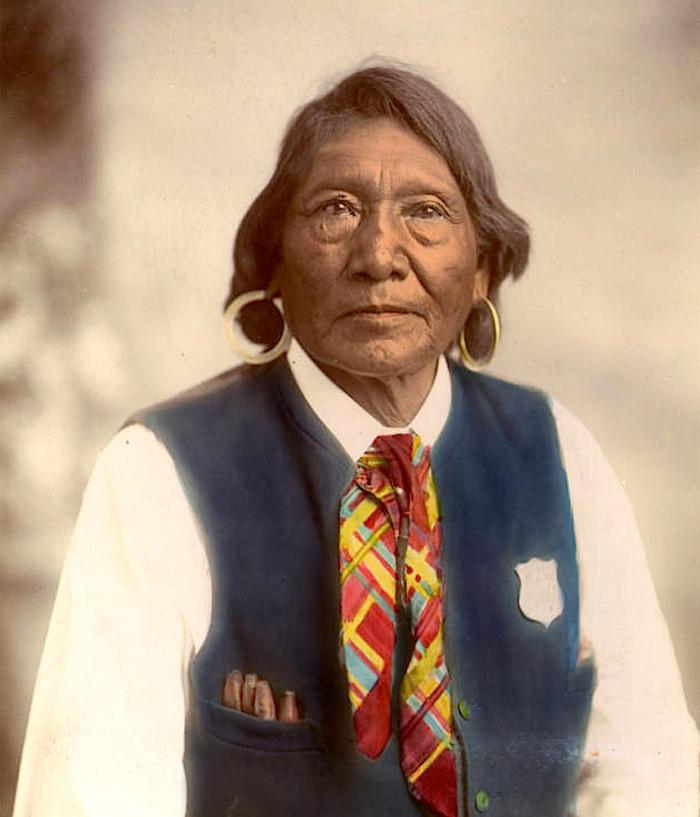 Вождь Игнасио, народность юта. 1870 - 1890 гг. архивные снимки, индейцы, раскрашенные, фотографии в цвете
