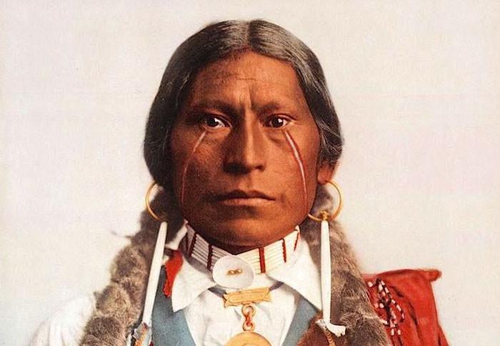 Вождь хикарилья-апачей, 1899 г., фотограф Уильям Генри Джексон архивные снимки, индейцы, раскрашенные, фотографии в цвете