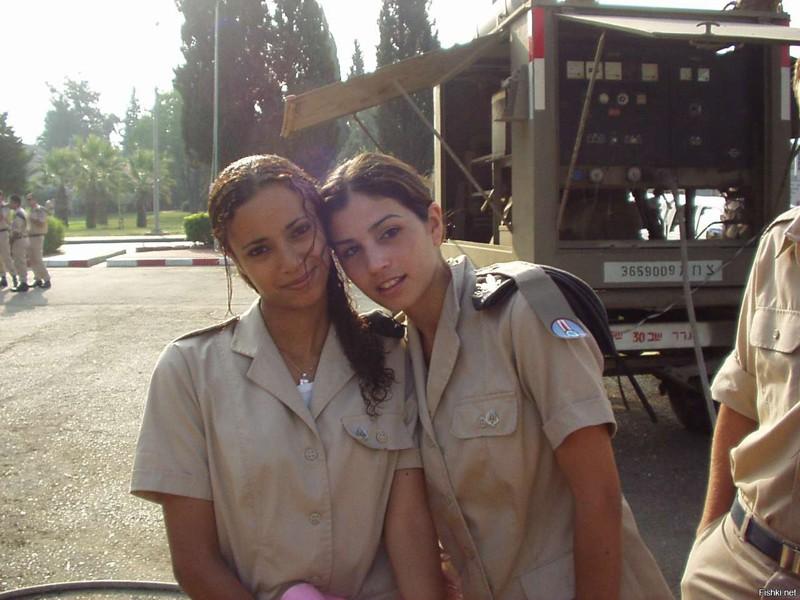 Military women in shower iraq #7