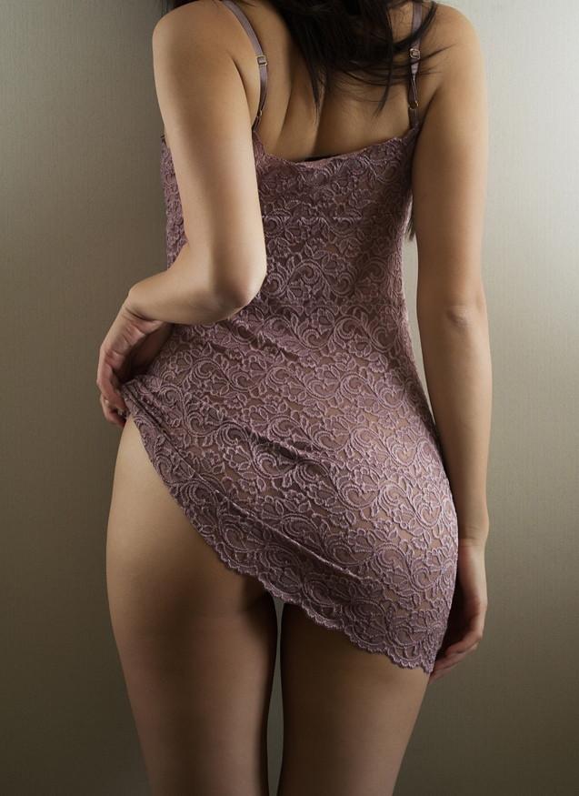 фото девушек в платье со спины эротичные бы, коллеги-киношники