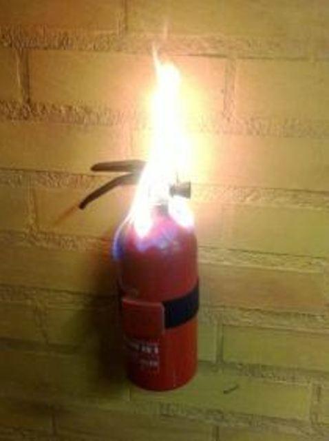 Жизнь меня к такому не готовила безопасность, пожар, пожарники, прикол, противопожарная, юмор