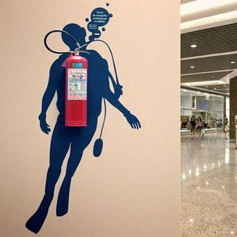 Как обустроить огнетушитель безопасность, пожар, пожарники, прикол, противопожарная, юмор