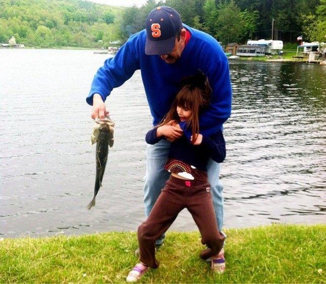 Рыбалка. Урок первый. Знакомство с рыбой. Батя, воспитание, дети, папа, прикол