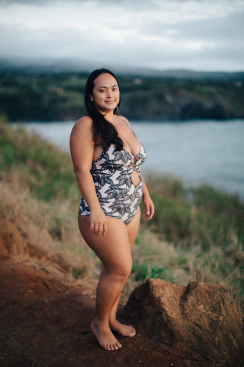 Откровенно фото девушек на пляже