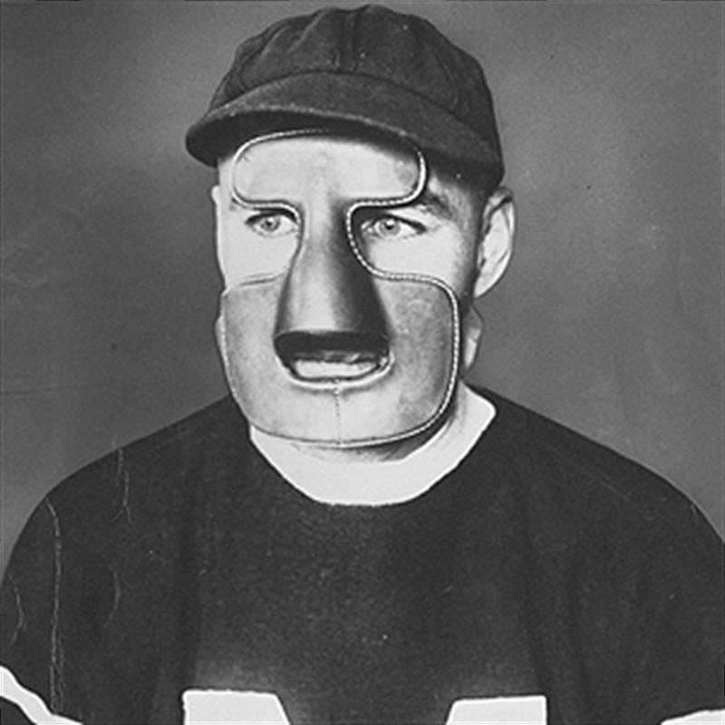 Люди в хоккейных масках 71