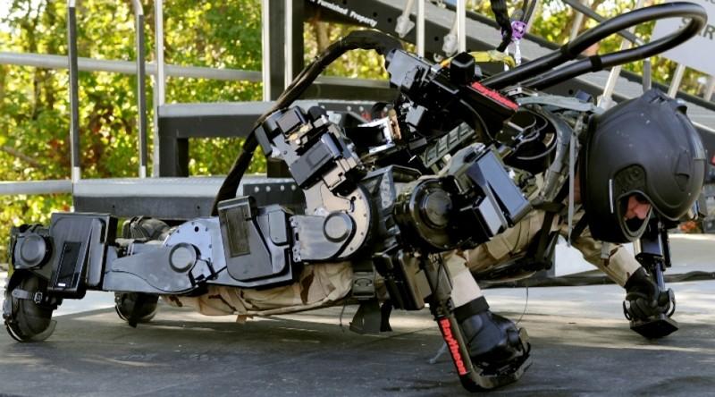 Ранние прототипы будущего экзоскелета для солдат. армия, будущее, солдаты