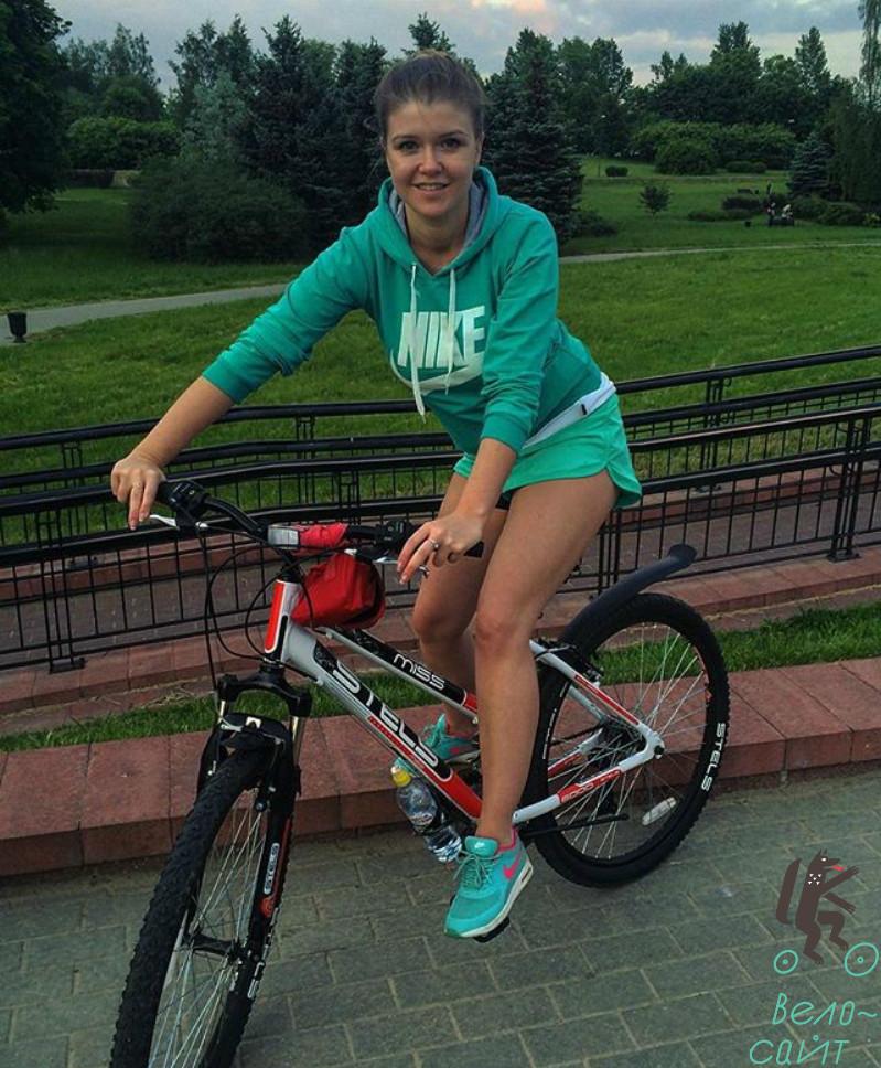 Знакомство девушка велосипед