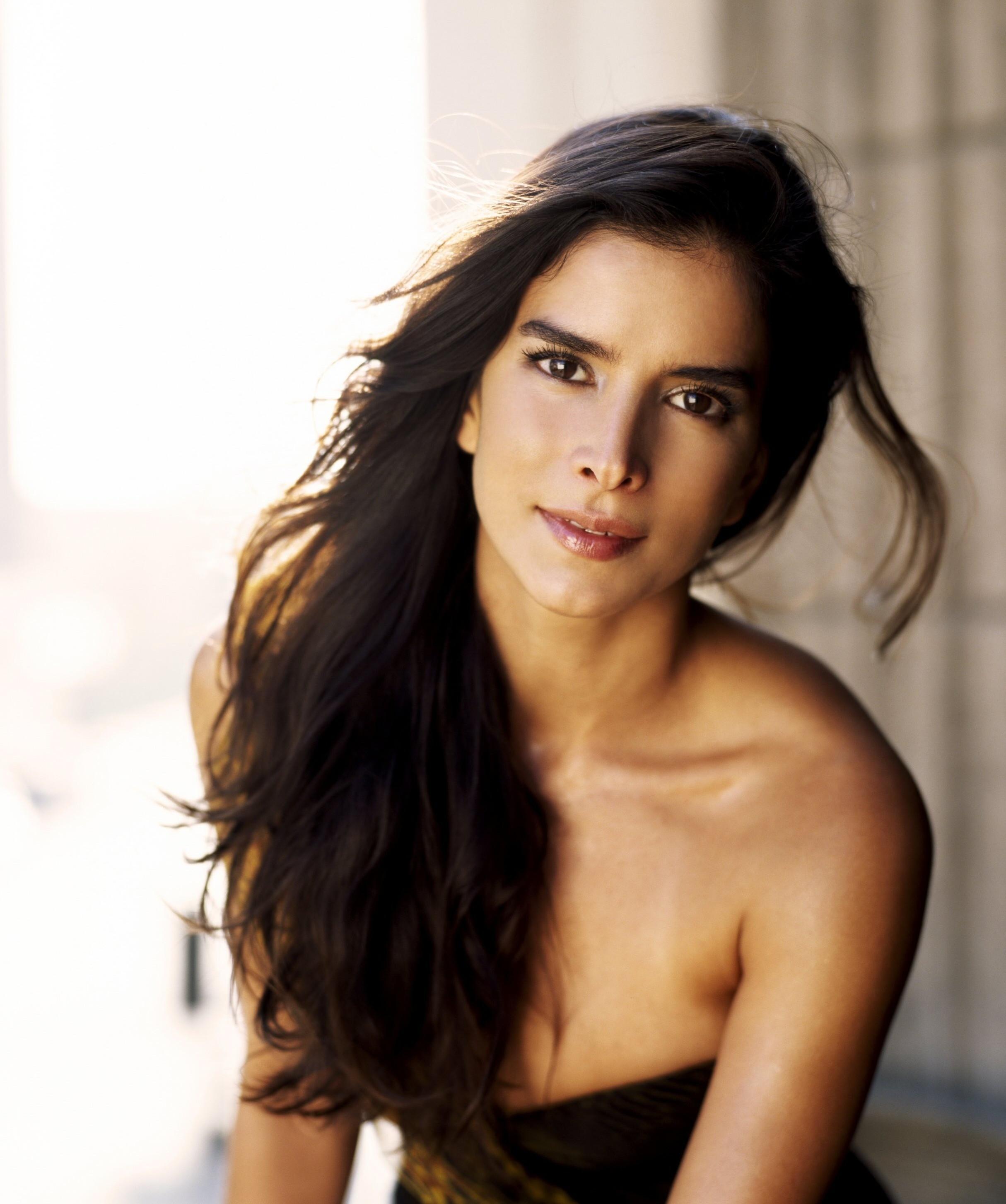 Показать перечень испанских порно актрис