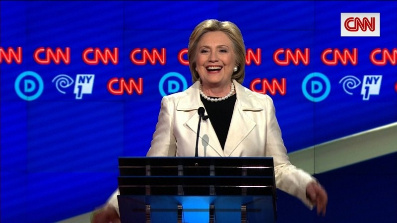 8. Медиахолдинг Time Warner - один из крупнейших спонсоров Хиллари Клинтон Хиллари Клинтон, факты