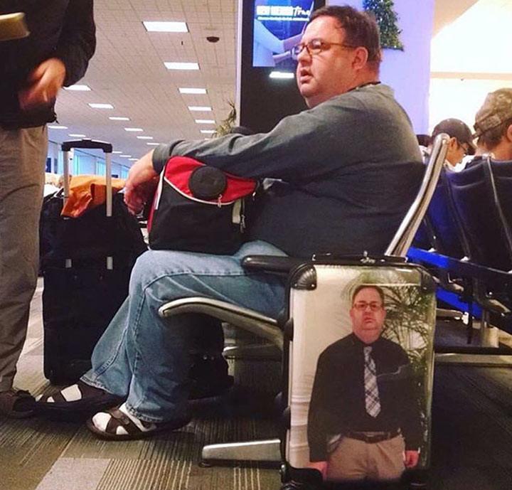 Чтоб уж точно чемодан не потерять животные, люди, позитив