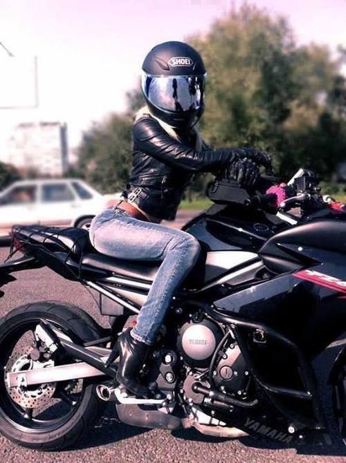 Мотоциклы и девушки сексуальные