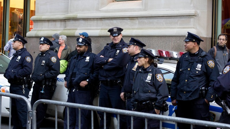 an analysis of the new york city police memorial by stuart b crawford 06032013 new york city is an international metropolis built on the shoulders of immigrants and their descendants new.