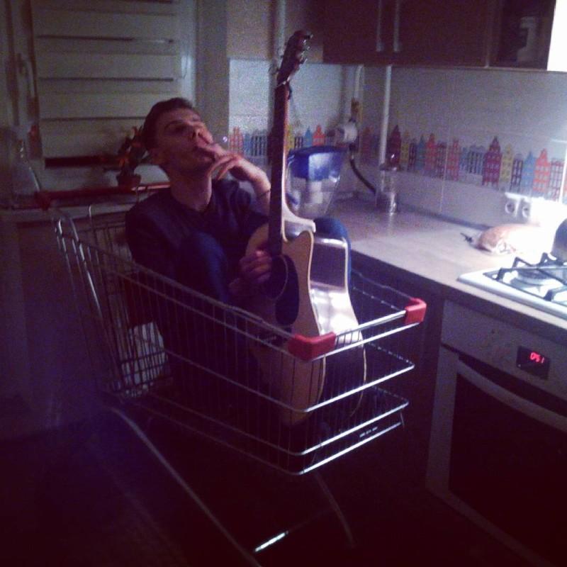 Марина любит поиграть с самотыком — photo 1