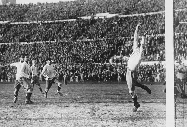 футболу по первый мира в истории россии чемпионат в