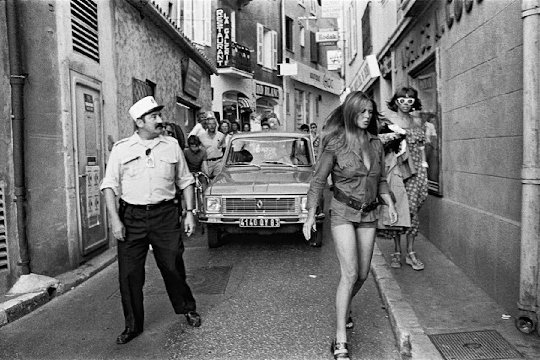 Ретро секс в париже, Порно видео Тайны Парижа скачать и смотреть онлайн 13 фотография